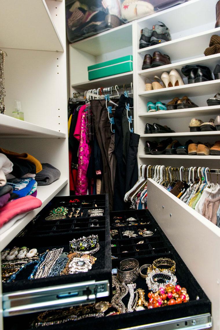 Custom-closet-system-with-jewelry-storage